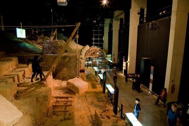 موزه پونت دوگارد فرانسه